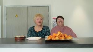 Jacqueline et Suzanne, fidèles au poste réconfort.